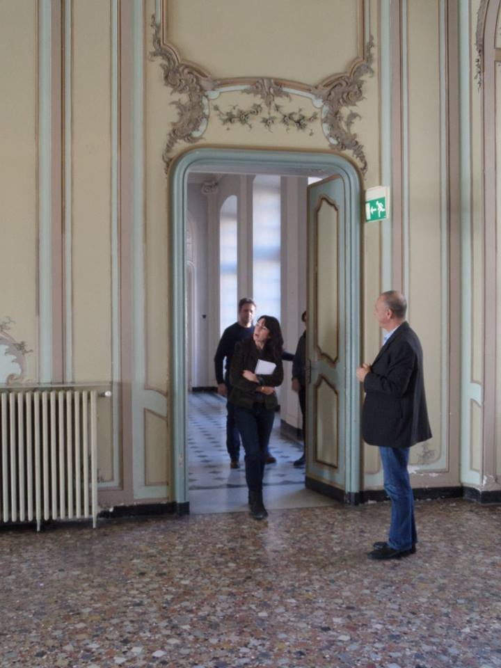 sara-visiting-the-ballroom-inn-villa-bombrini